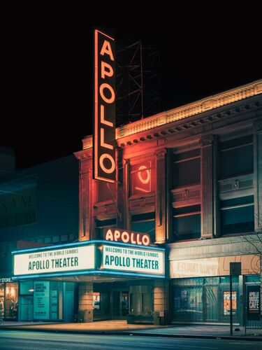 THE APOLLO THEATER HARLEM