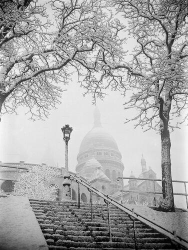 BASILIQUE DU SACRE-COEUR SOUS LA NEIGE A PARIS 1935 -  GAMMA AGENCY - Fotografía