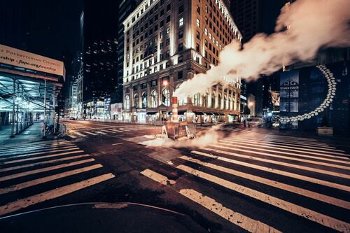 DESERT IN NEW YORK 5TH AVENUE - GENARO BARDY - Kunstfoto