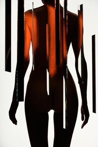 avant-garde 2 - George Mayer - Photograph