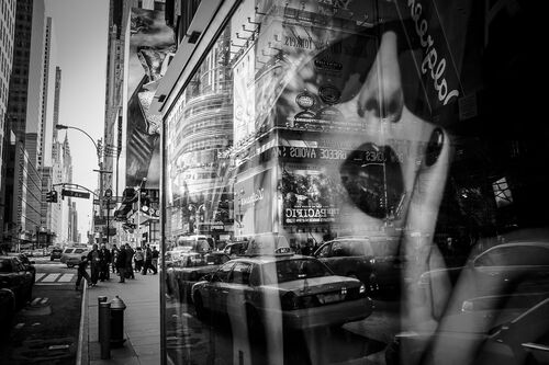 Times Square Reflection - GUILLAUME GAUDET - Photograph