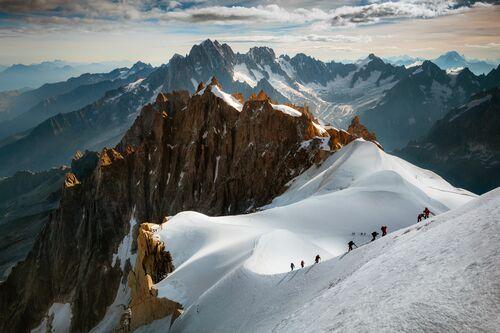 The Scale of Nature 2.0 - JAKUB POLOMSKI - Photograph