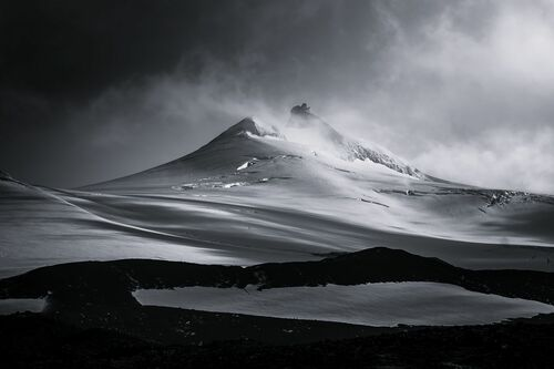 SNAEFELLSJOKULL VOLCANO - JAN ERIK WAIDER - Photograph