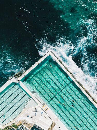 Bondi Icebergs - Javi Lorbada - Photograph