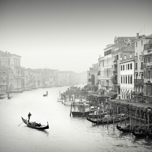 Grand Canal, Venise - JONATHAN CHRITCHLEY - Fotografie