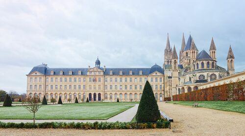 L HOTEL DE VILLE DE CAEN II - JULES VALENTIN - Photograph