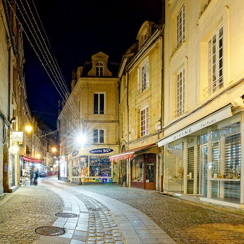 LA RUE FROIDE - JULES VALENTIN - Photograph