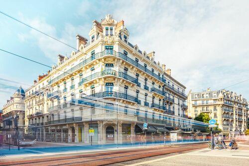 Le Phenix cache - JULES VALENTIN - Photograph