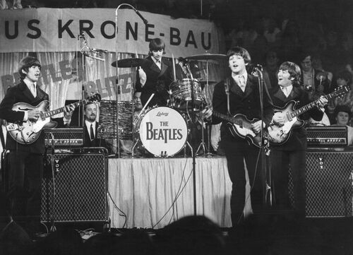 Beatles on the stage -  KEYSTONE AGENCY - Photograph