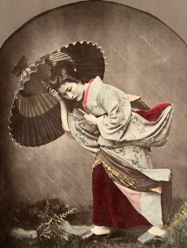 Japonaise sous l'orage