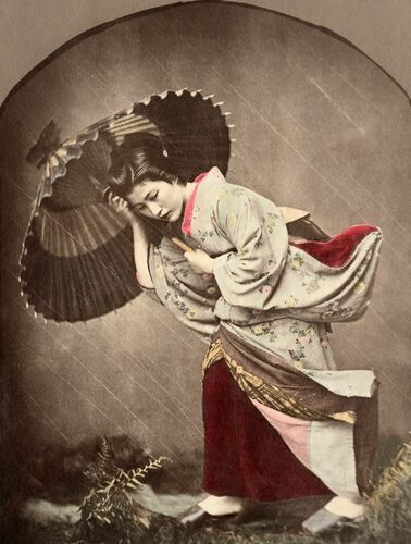 Japonaise sous l'orage - KUSAKABE KIMBEI - Fotografie