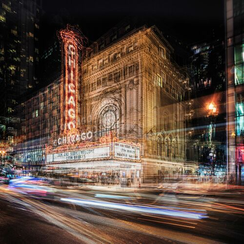 CHICAGO THEATER - LAURENT DEQUICK - Photograph