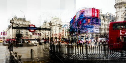 Picadilly Circus I - LAURENT DEQUICK - Photograph