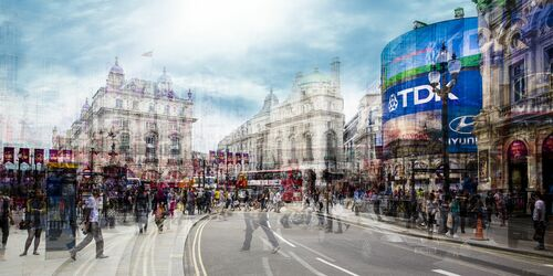 Picadilly Circus III - LAURENT DEQUICK - Photograph
