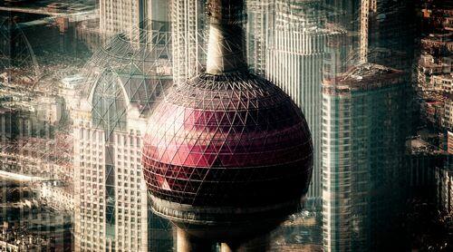 SHANGHAI  ORIENTAL PEARL - LAURENT DEQUICK - Photograph