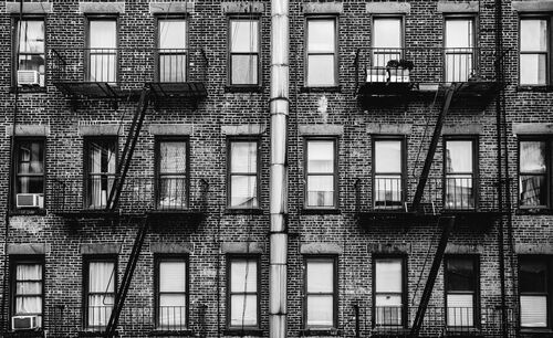 NYC BUILDING - LAURENT NIVALLE - Photograph