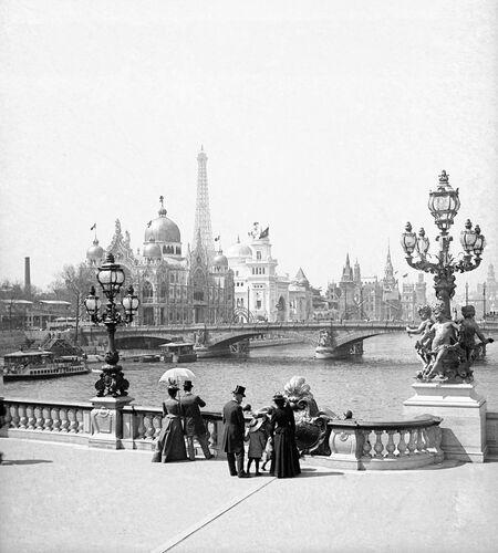 Le Pont Alexandre III -  LEON ET LEVY - Photograph