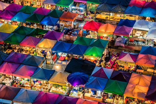 TRAIN NIGHT MARKET - MANJIK PICTURES - Photograph