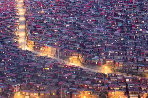 WHERE THE STREETS HAVE NO NAME - MARCO GRASSI  - Photograph