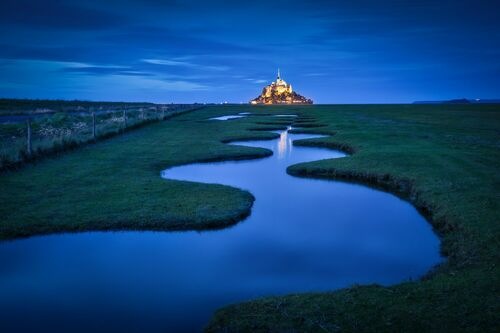 HEURE BLEUE DOREE AU MONT SAINT MICHEL - MATHIEU RIVRIN - Photographie