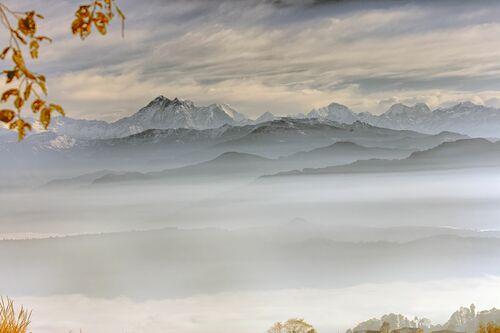 GAURISHANKAR ET LA CHAINE HIMALAYENNES VUE DE NAMO BUDDHA NEPAL - MATTHIEU RICARD - Fotografia
