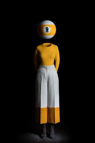 CECI N'EST PAS UNE BOULE DE BILLARD - MIGUEL VALLINAS - Kunstfoto