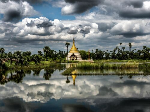 PAGODA OF DUALITY - OLIVIER FOLLMI - Photograph
