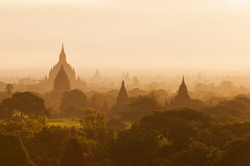ANCIENT CITY OF BAGAN - PHILIP LEE HARVEY - Photograph
