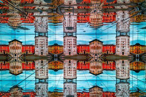 Immersed projections 1 - PYGMALION KARATZAS - Fotografie