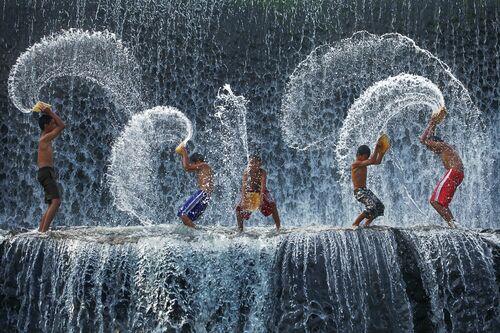 WATER HARMONY - RARINDRA PRAKARSA - Fotografía
