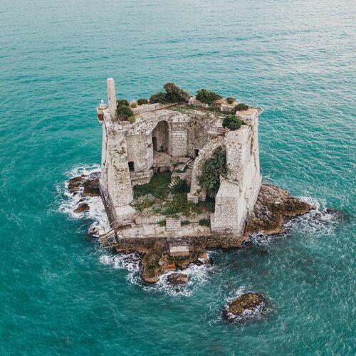The Tower - REGINALD VAN DE VELDE - Fotografia