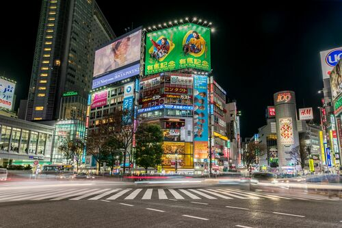 SHIBUYA CROSSING AT NIGHT TOKYO - RICHARD SILVER - Photographie