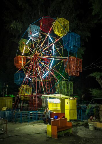 Local Fair in Penang - RON GESSEL - Kunstfoto