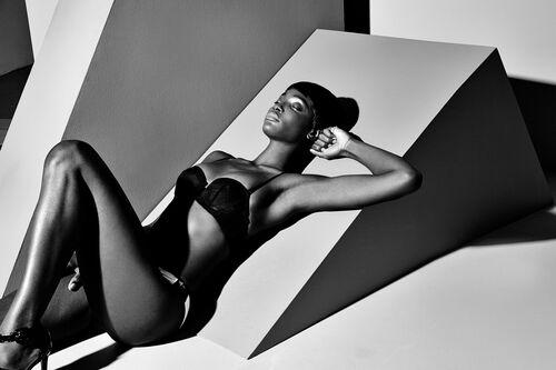 Body Graphique - STEVEN MENENDEZ  - Photographie