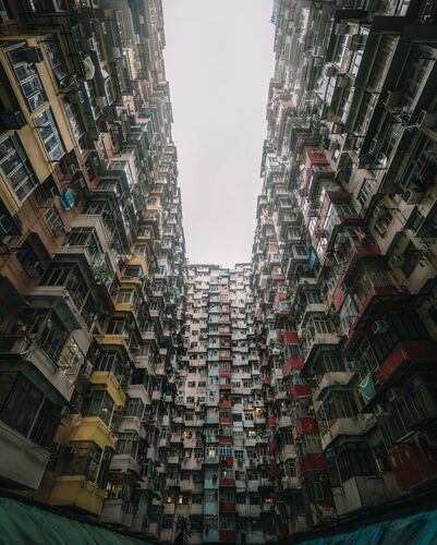 THE MONSTER BUILDING - TRISTAN ZHOU - Photographie