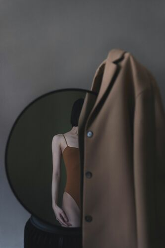 COAT - ZIQIAN LIU - Photograph