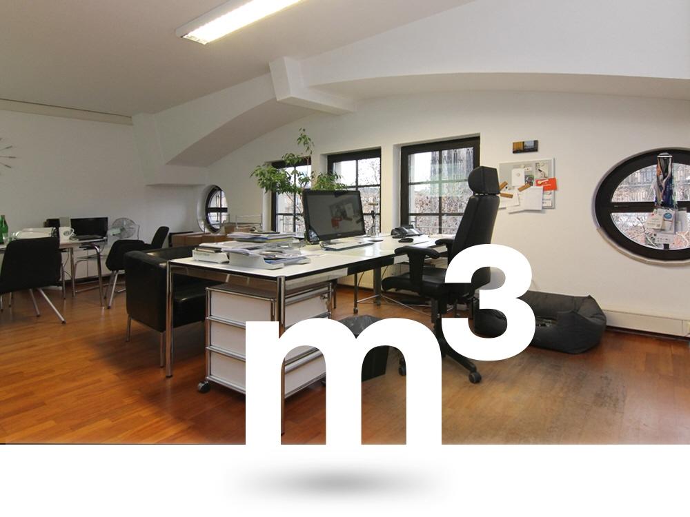 Direkt am Dom: Charmante Bürofläche zu vermieten!