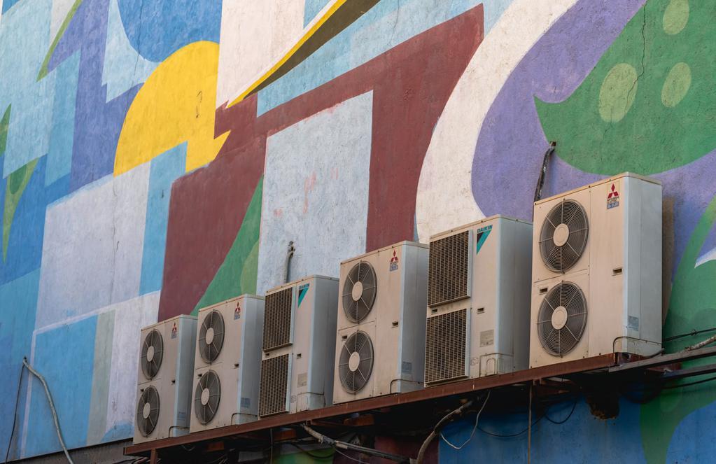 Bina duvarında klimalar