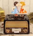 Hediye Deposu Romantik Öpücük Sevgiliye Hediye Hareketli Radyo Müzik Kutusu