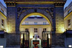 Le Louis Hotel Versailles Chateau