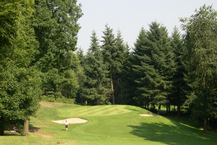 Winge Golf and Country Club
