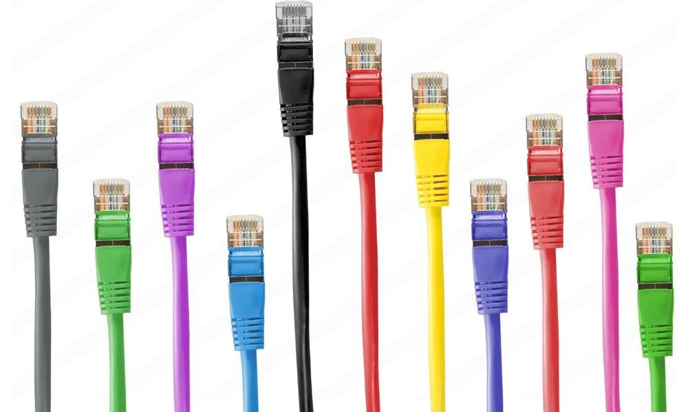 Diferentes cables de conexión de ios