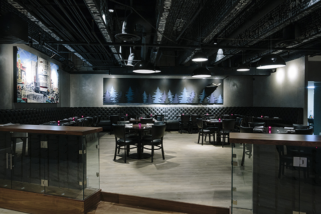 This Chic New American Spot In Midtown Is Decked Out With Sy Black Leather And Head Turning Artwork It S A Little Glitzy Ostentatious