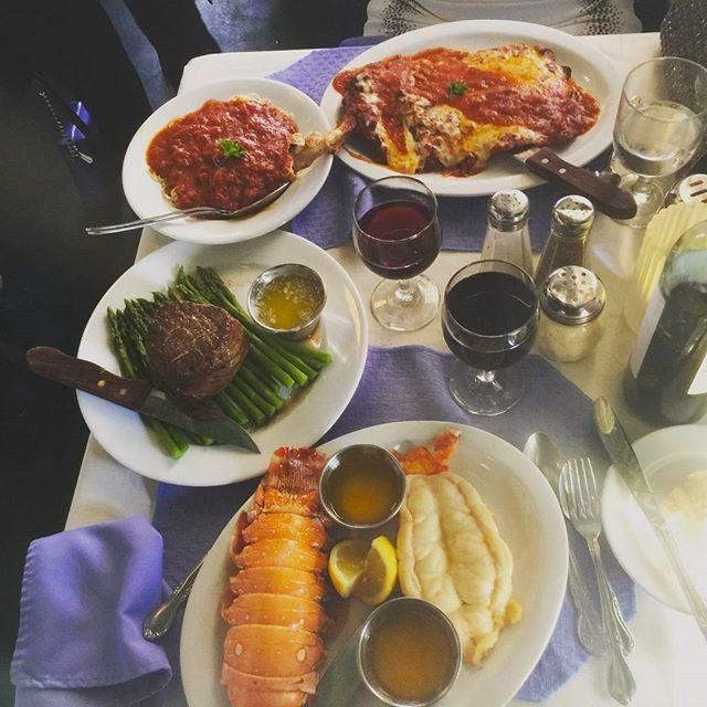 Pleasing 9 Must Try Restaurants And Bars In Atlantic City Zagat Interior Design Ideas Gresisoteloinfo