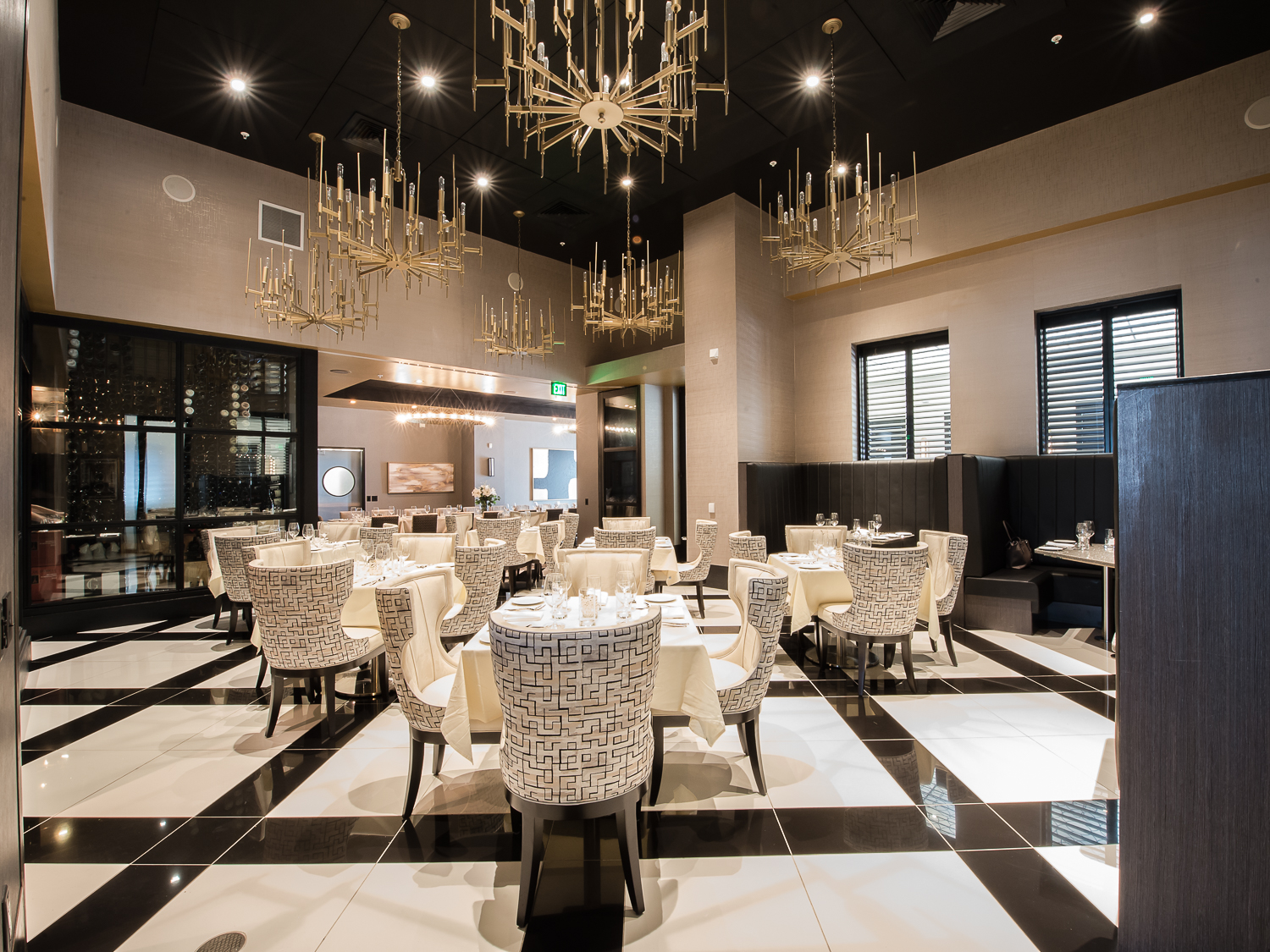 A Lot Of Love Went Into Designing This Posh Downtown Dining Room Where Old Meets New In Dish And Decor Order Seafood Steaks Or Housemade Pasta At