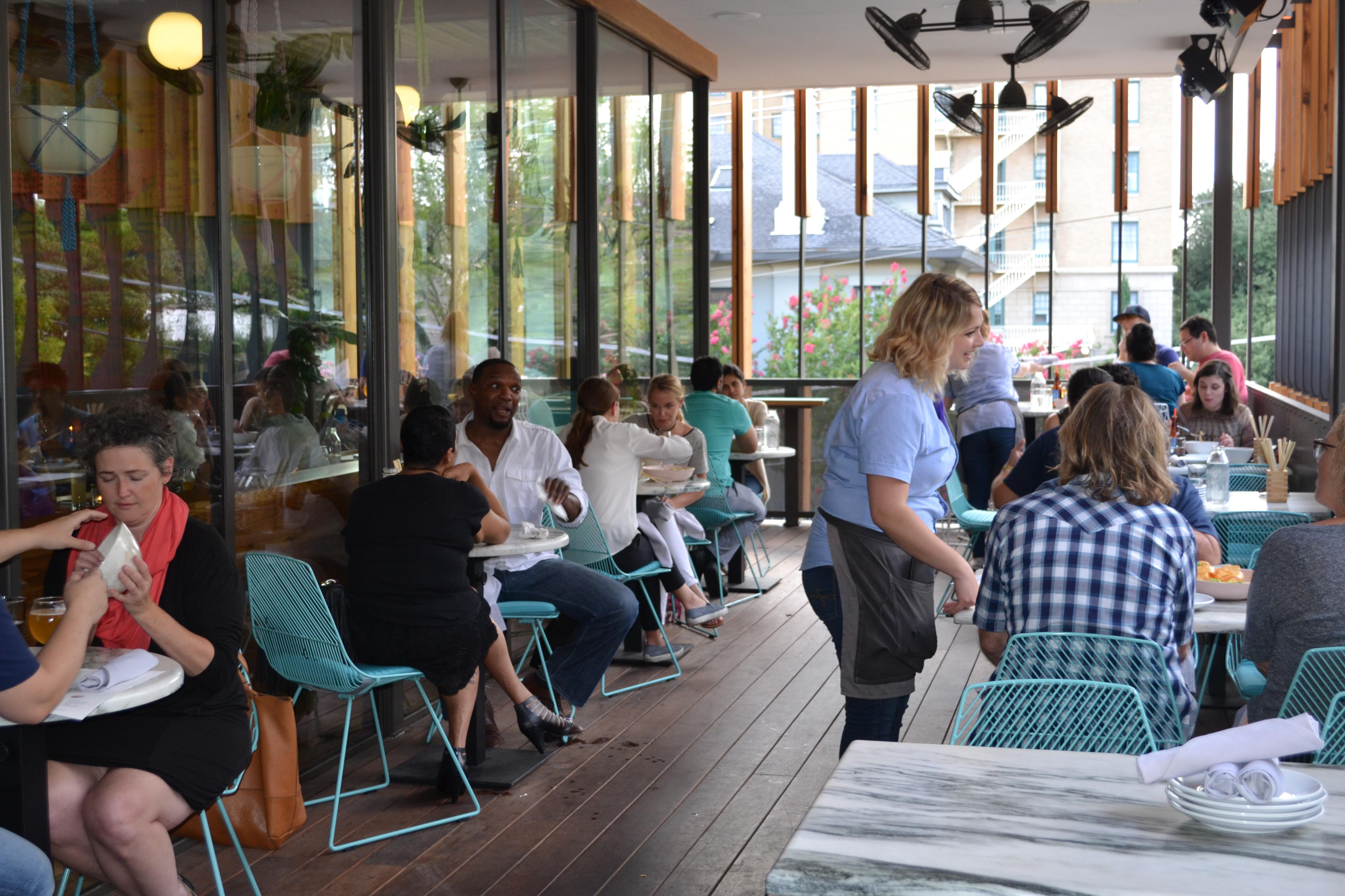 23 Must Visit Rooftop Bars Restaurants In Dallas Fort