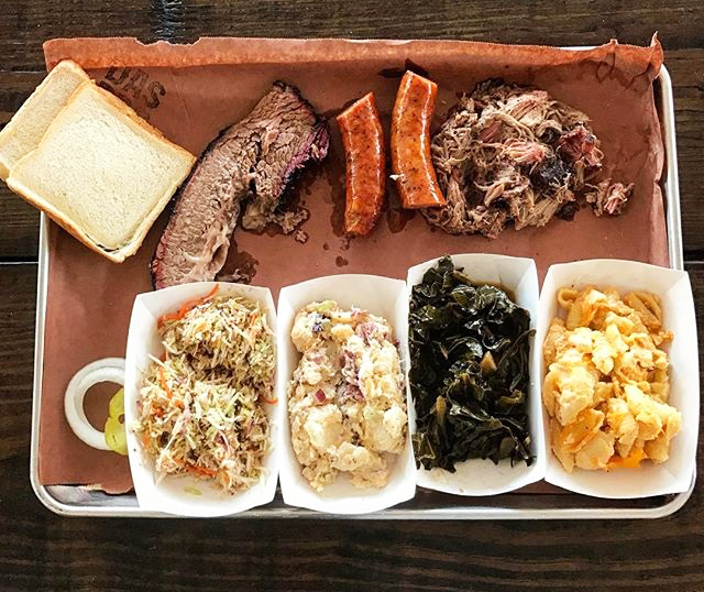 Das Bbq This Collier Smokehouse Is All About Texas Style Cue And While The Pulled Pork Mighty Fine It S Brisket That Really Shines