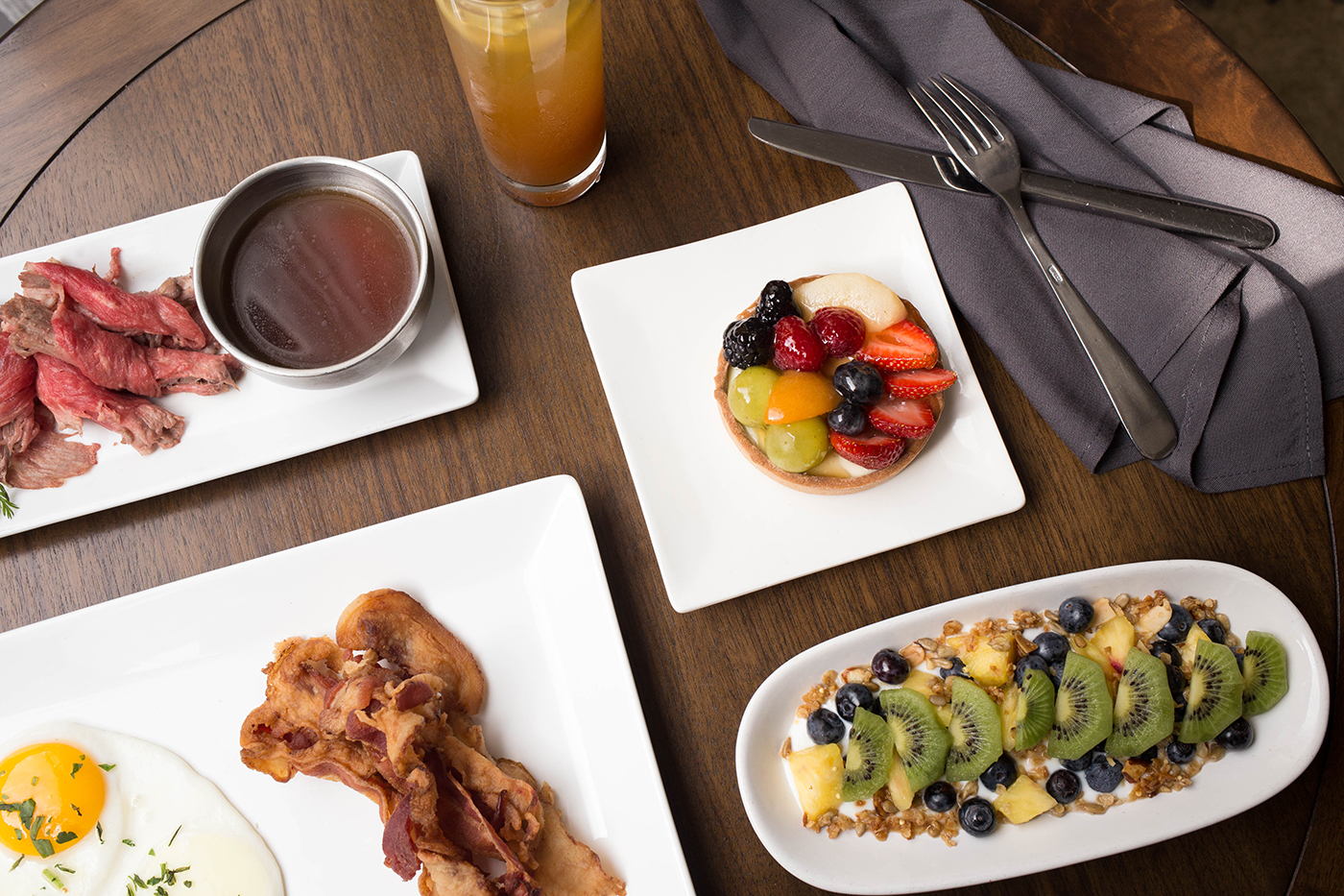 Awesome The 9 Best Brunch Buffets In Atlanta Zagat Beutiful Home Inspiration Cosmmahrainfo