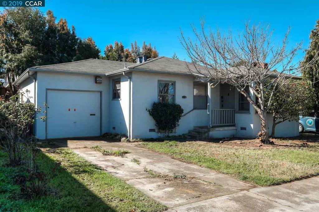 17817 230th Ave NE, Woodinville, WA, 98077,