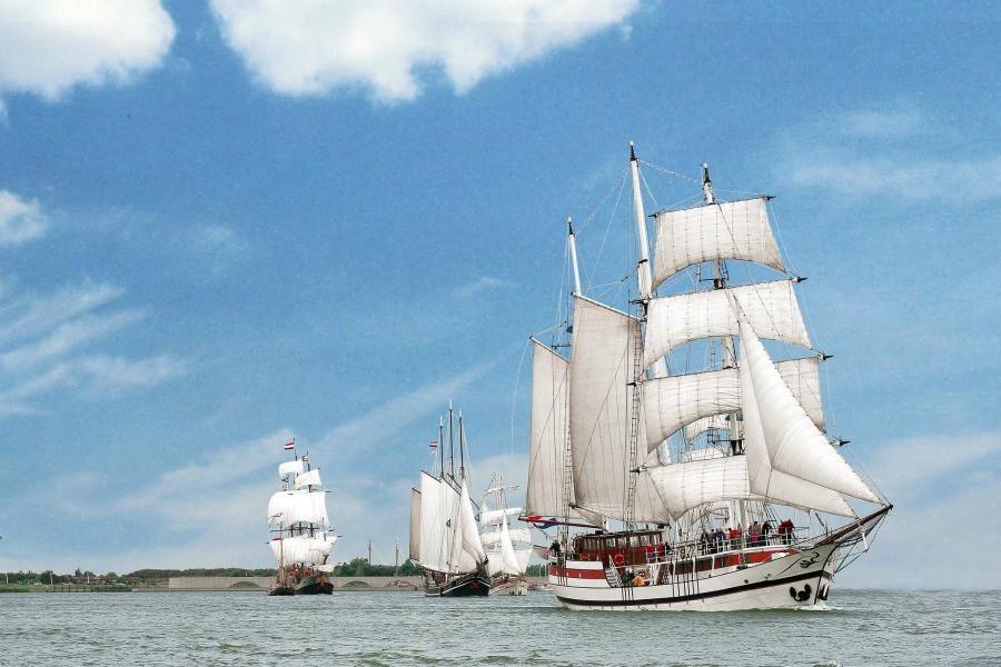 Detailafbeelding van All-inclusive Lunch cruise